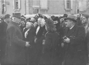 Le Maréchal Pétain s'arrête à Arles le mardi 3 décembre 1940 (Arch. Arles, 28S)