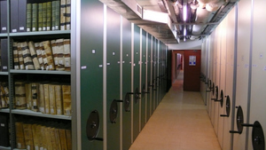 Rayonnage des archives communales
