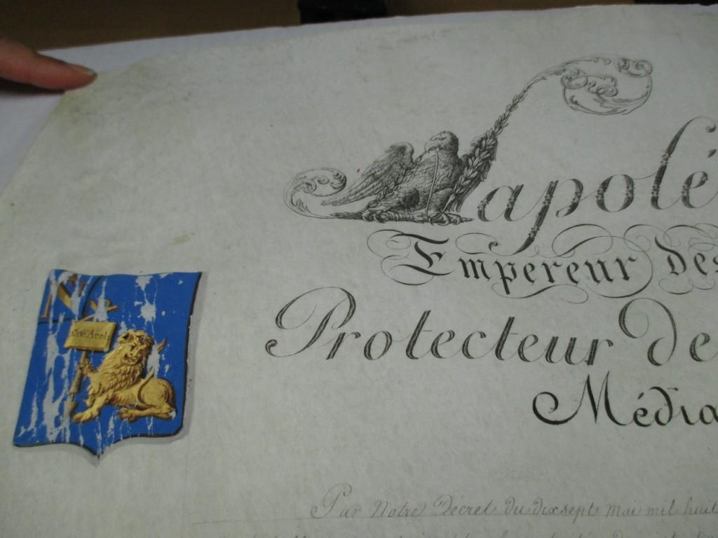 Document 2: Les armoiries de la ville d'Arles