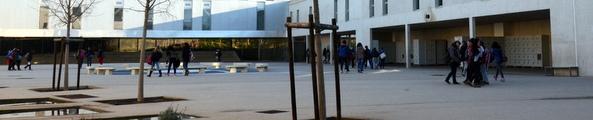 L'enseignement secondaire au collège Photo D. Bounias / Ville d'Arles