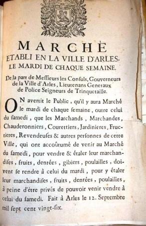 Affiche, 1726 - A.C. Arles FF5 Si le marché du samedi existe depuis toujours, un second marché hebdomadaire a été difficile à instaurer, les gens de la campagne étant réticents à revenir y vendre leurs produits