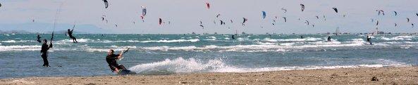 Kitesurf sur la plage de Beauduc